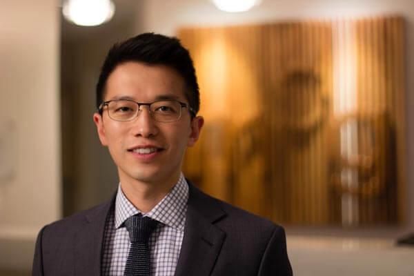 Dr. Raymond L Cho